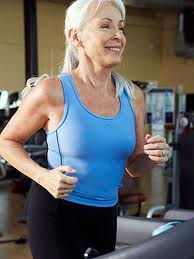 Woman running and keeping her exercise resolution